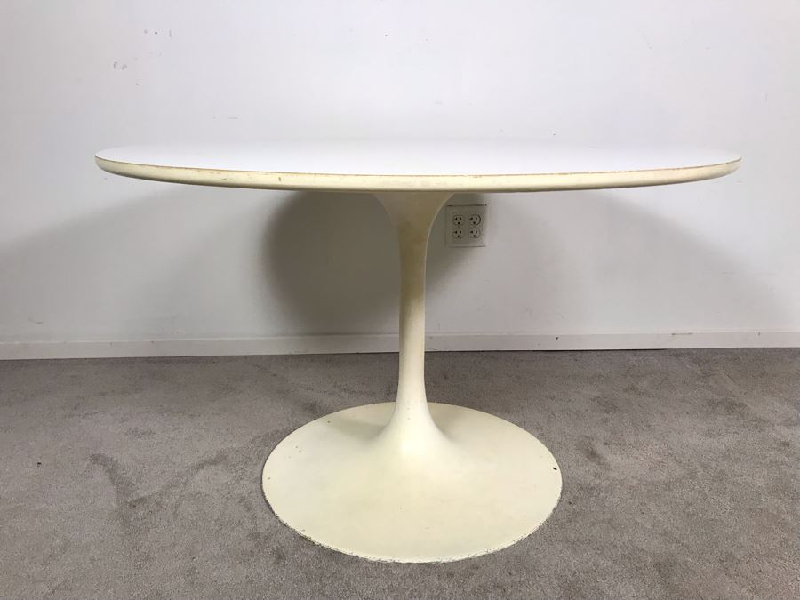 Mid-Century Modern 1960s White Tulip Table By Burke, Inc 41R X 25.5H [Photo 1]