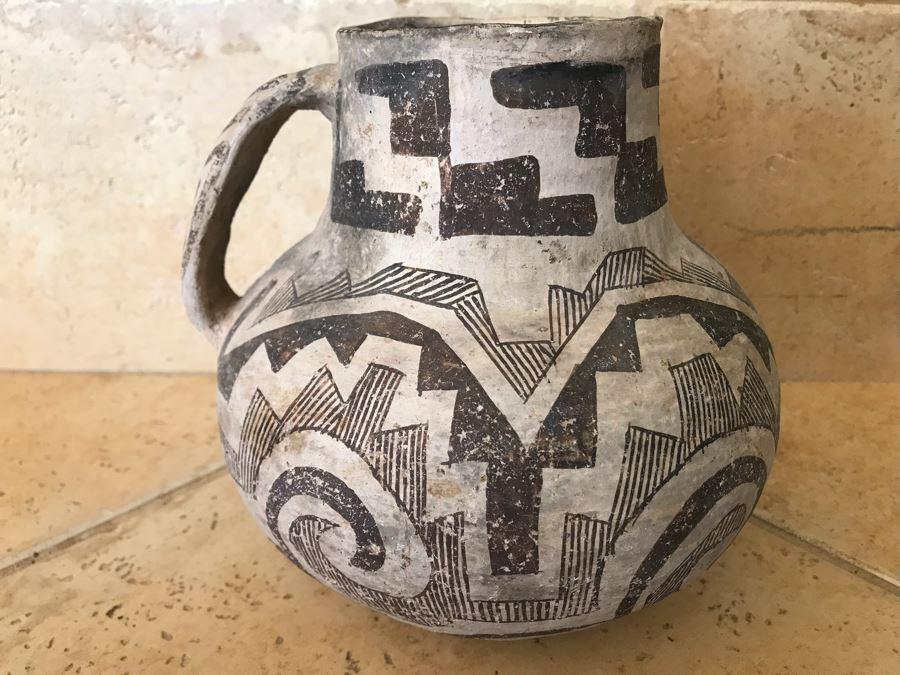 Early Native American Tularosa Black On White Pottery Pitcher With Handle (6 5/8'H - Neck Is 2 3/16'H) Appraised $300 In 1980s By Matt Thomas Tempe, AZ [Photo 1]