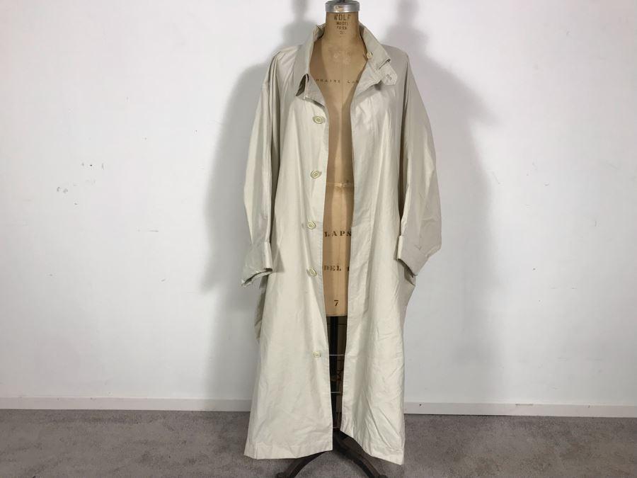 ISSEY MIYAKE Japanese Fashion Designer Windcoat Size S [Photo 1]
