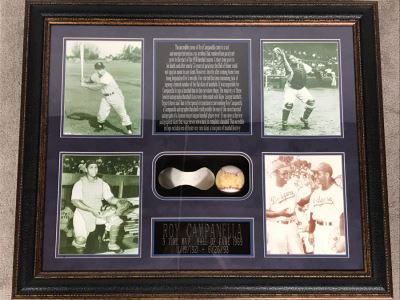 Rare Roy Campanella Hand Signed Baseball Flat Skin With Certificate Of Authenticity 35 X 29