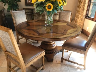 Stunning Century Furniture Inlaid Star Pattern Pedestal 5' Round Dining Table With Four Matching Century Furniture Exeter Side Chairs Dining Chairs Total Retails $11,520