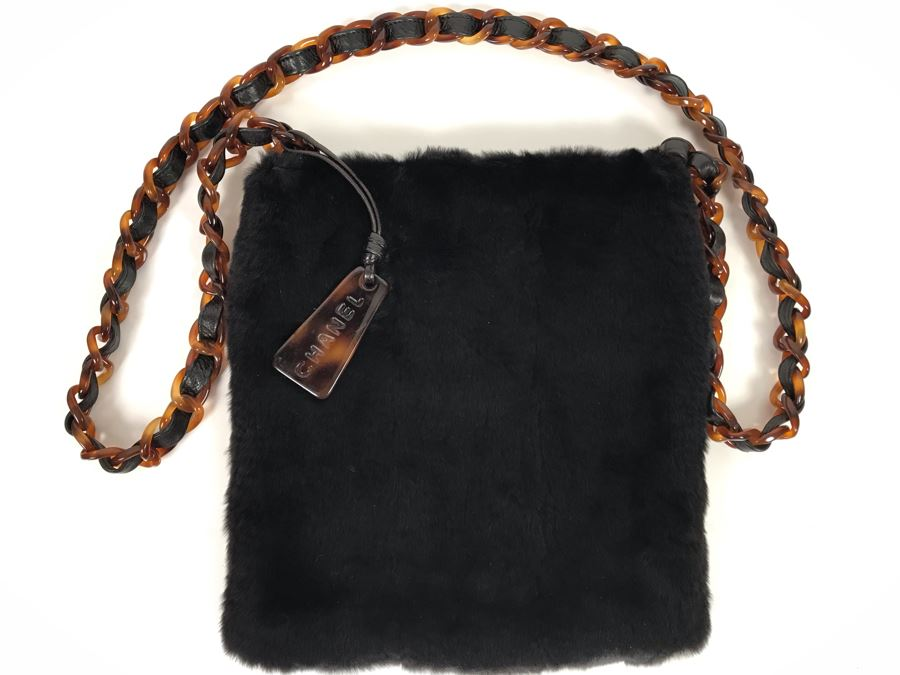 JUST ADDED - Vintage 1997-1999 Chanel Tortoise Shell Fur Handbag Made In Italy 9 X 10 SN 5856619 (MOE) [Photo 1]