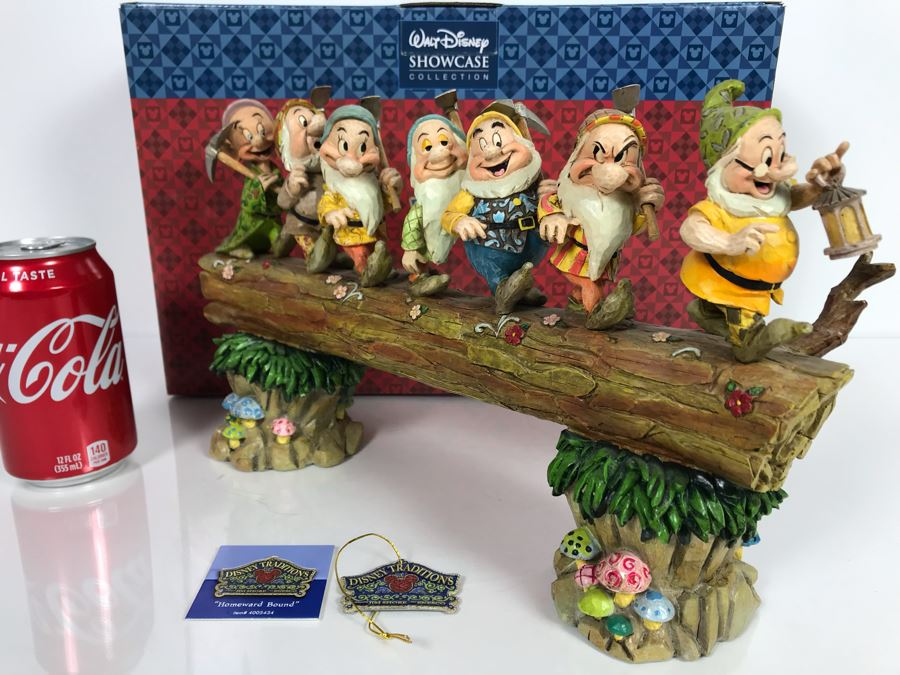 The Walt Disney Showcase Collection 'Homeward Bound' Snow White And The Seven Dwarfs Disney Traditions With Box [Photo 1]