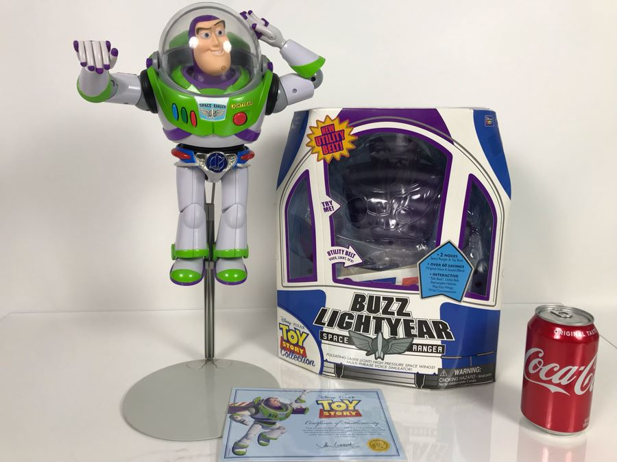 Disney PIXAR Toy Story Buzz Lightyear Space Ranger With New Utility Belt Certified Movie Replica Collector's Edition By Thinkway Toys With Box And Certificate Of Authenticity [Photo 1]