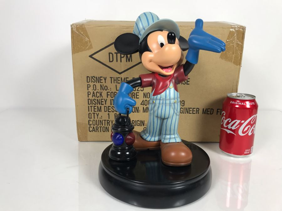 Disney Theme Park Merchandise Mickey Train Engineer Sculpture The Art Of Disney By Costa Alavezos With Box [Photo 1]