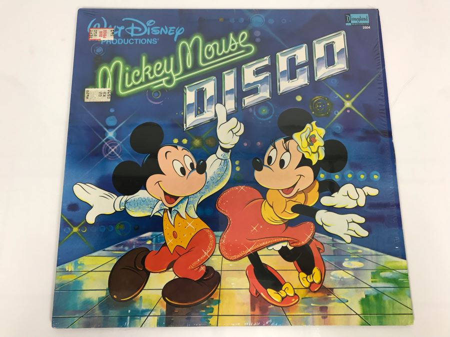 Walt Disney Productions' Mickey Mouse DISCO Disneyland Record 2504 [Photo 1]