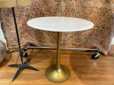 Eero Saarinen Style Tulip Side Table With Marble Top And Metal Base 22'R X 24'H Retails $525