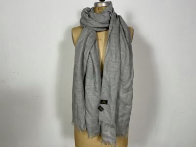High-End Luxury Loro Piana Cashmere Italian Scarf Owned By Former Miss Oregon 78 X 28