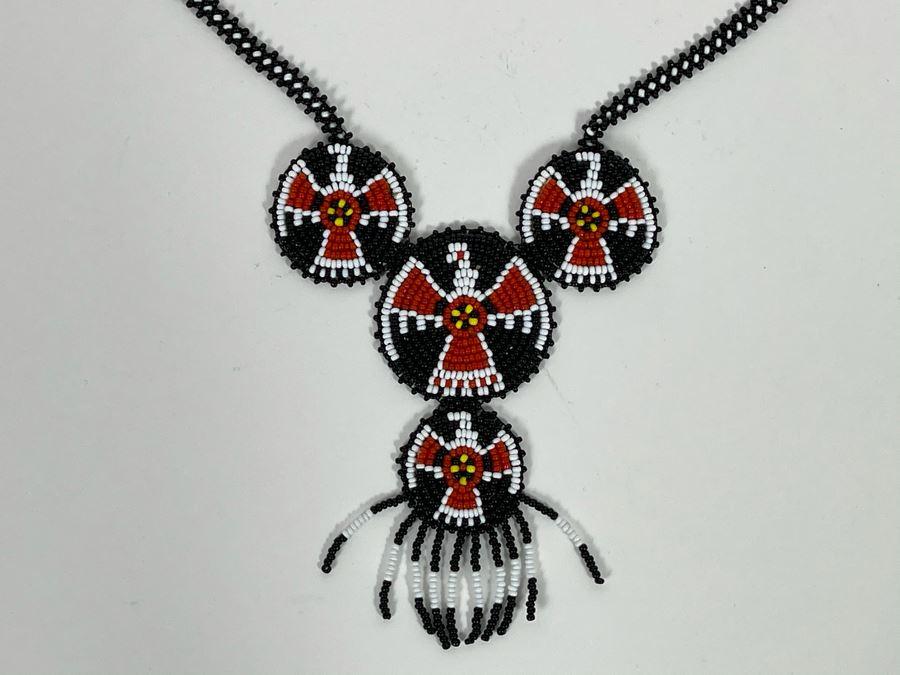 Hand Beaded Native Necklace [Photo 1]