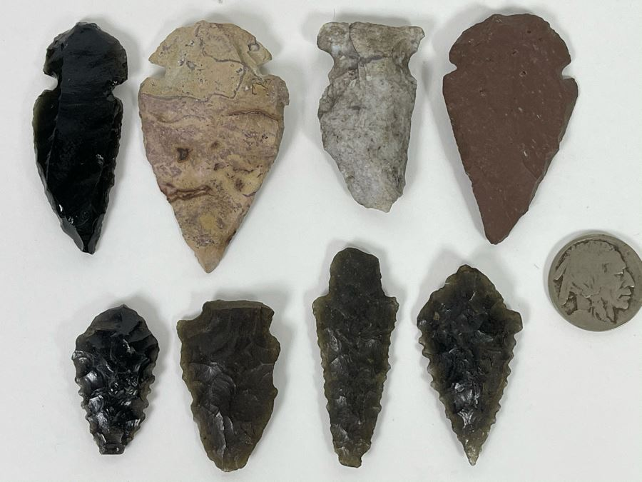 Collection Of Native American Arrowheads [Photo 1]