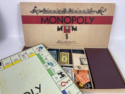 Vintage 1940s Parker Brothers Monopoly Game