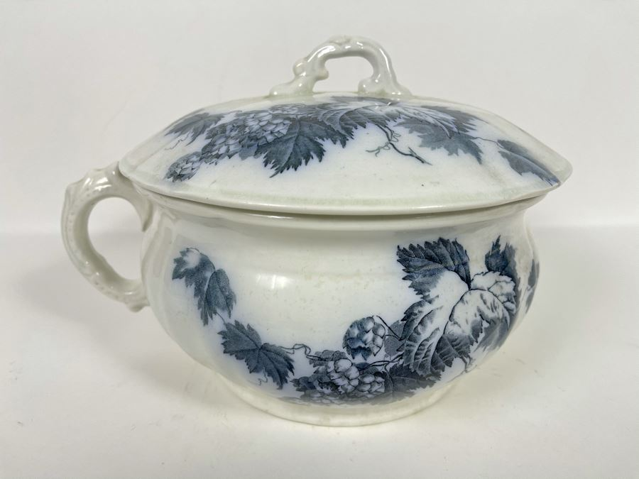 Antique Chamber Pot By Alfred-Meakin Kent England 10W X 7H