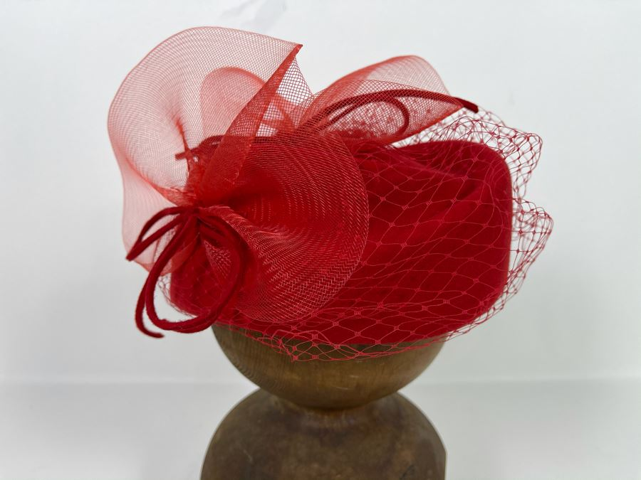 Vintage Red Wool Cocktail Hat With Vail And Box