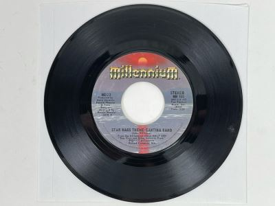 JUST ADDED - ORIGINAL 1977 STAR WARS THEME / CANTINA BAND 45RPM Record By MECO (Disco Funk Version) Millennium