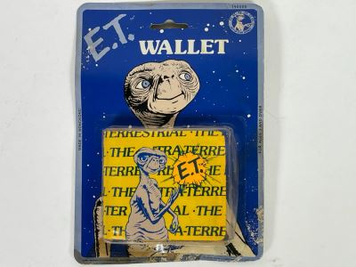 Vintage E.T. Movie Wallet On Damaged Card