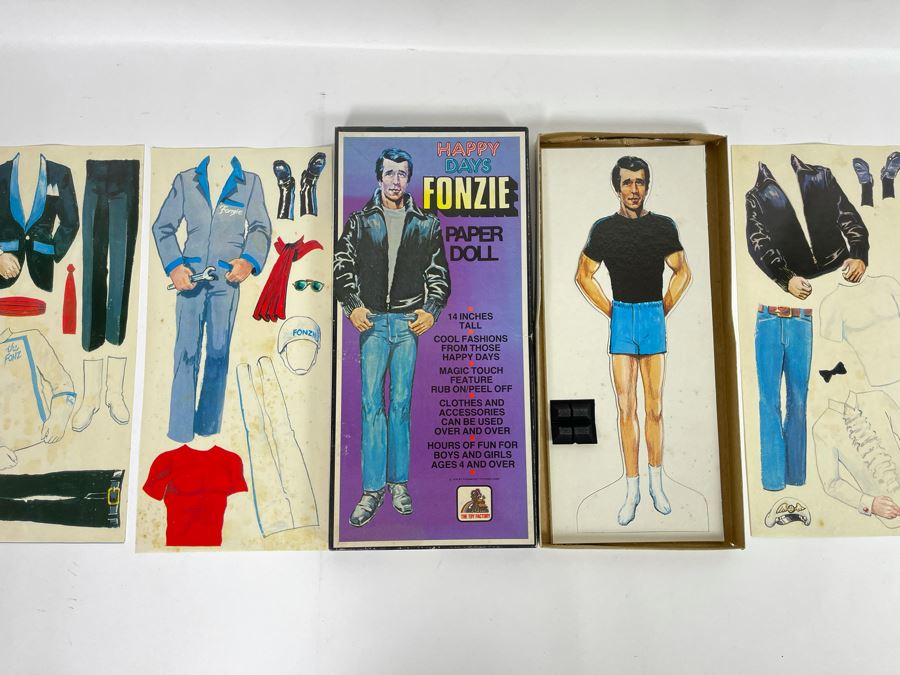 Vintage 1976 Happy Days Fonzie Paper Doll By The Toy Factory [Photo 1]