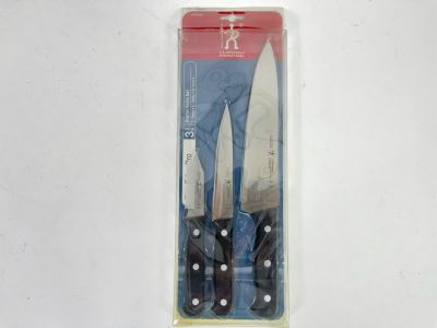 New J. A. Henckels 3 Piece Starter Knife Set Retails $120