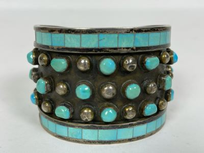 Native American Zuni Signed Sterling Silver And Turquoise Cuff Bracelet Size 5 1/2 Signed Jobeth Mayes Maize 83.2g