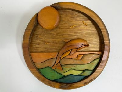 Round Wooden Relief Sculpture Of Dolphin By Barbara Sorenson And Denis Wobig 10.5R