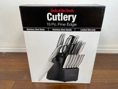 New Tools Of The Trade 15 Piece Cutlery Set