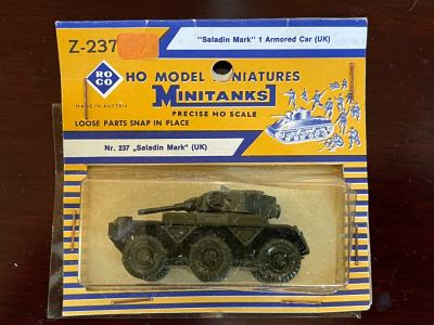 New Old Stock Roco HO Model Miniatures Minitanks 'Saladin Mark' 1 Armored Car UK Nr. 237