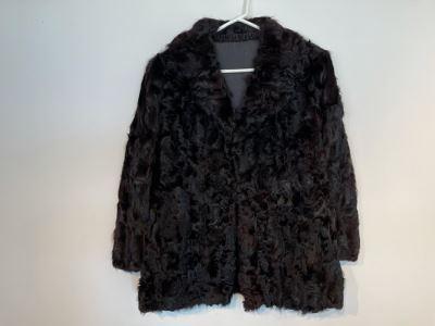 JUST ADDED - Vintage Women's Fur Jacket Size 7