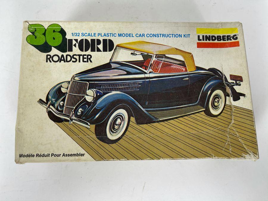 Lindberg 1936 Ford Roadster Car Model Kit 1980