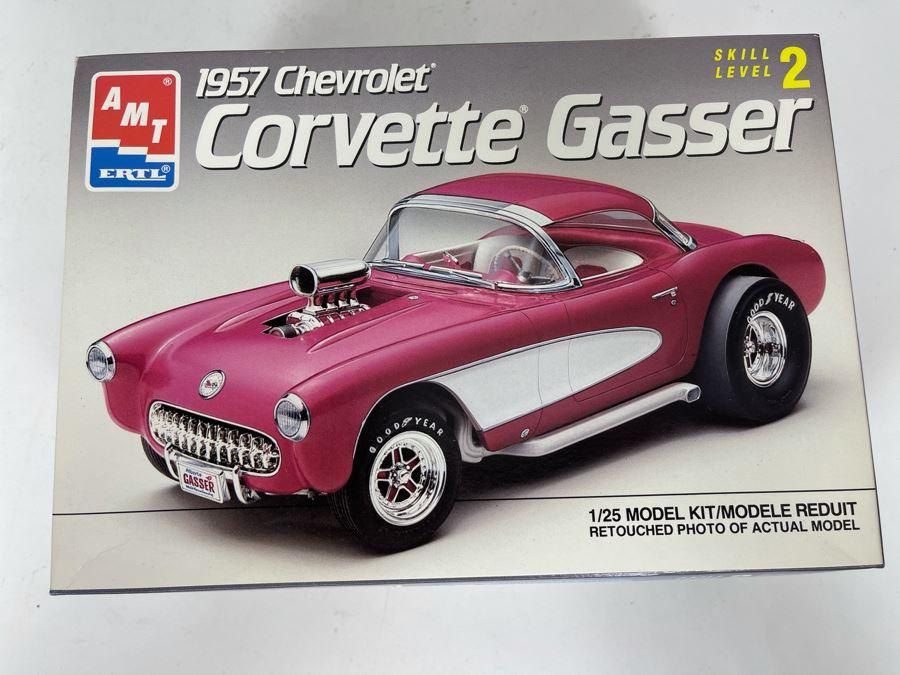 AMT Ertl 1957 Chevrolet Corvette Gasser Car Model Kit 1990