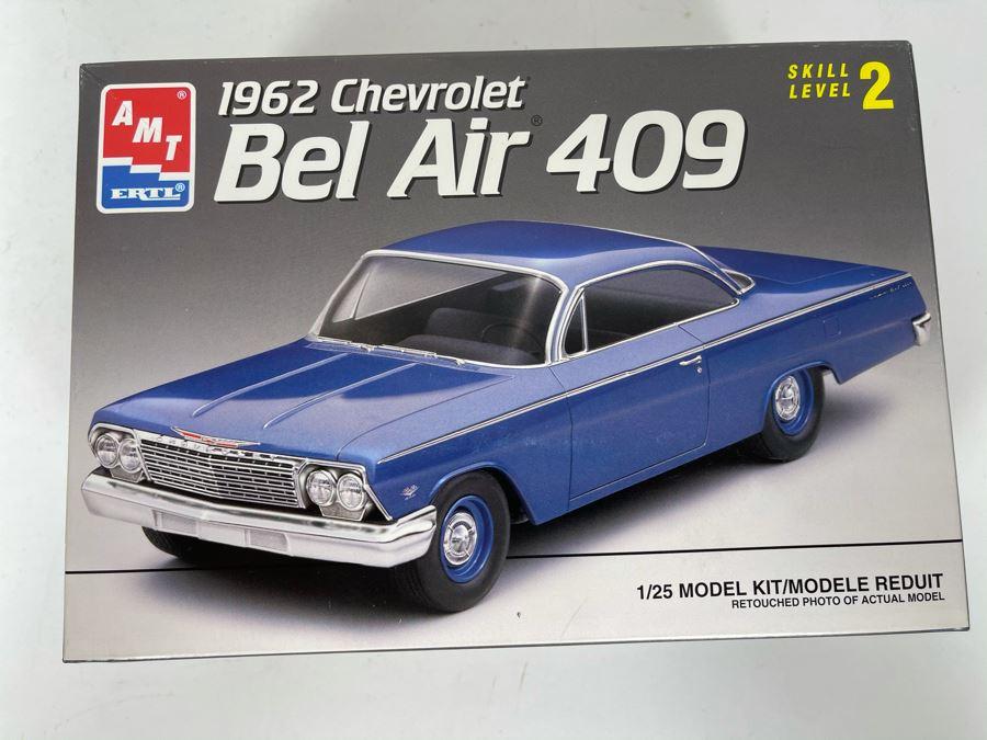 AMT Ertl 1962 Chevrolet Bel Air 409 Car Model Kit 1993