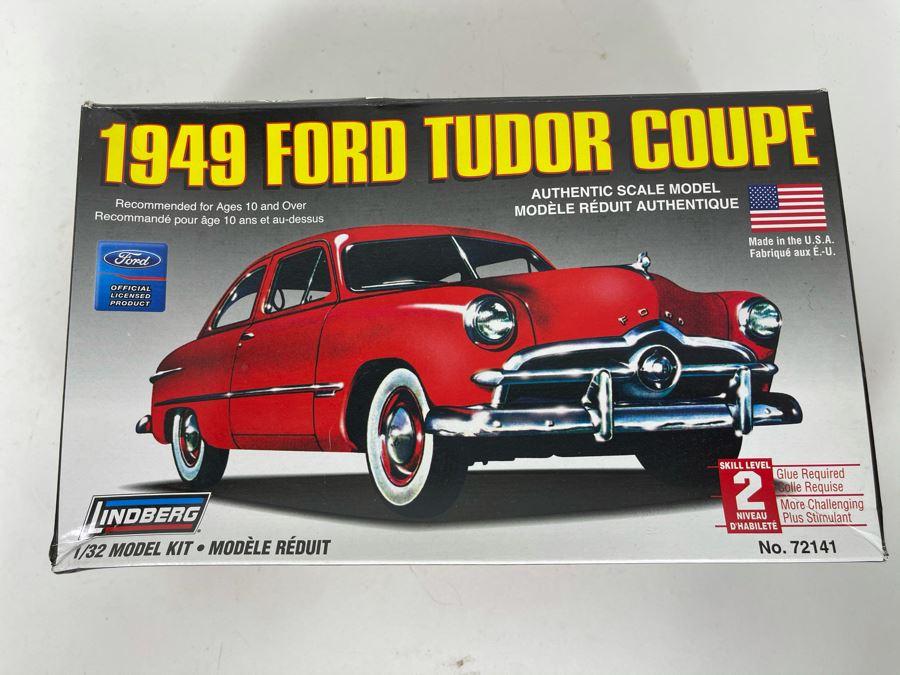Lindberg 1949 Ford Tudor Coupe Car Model Kit 2006