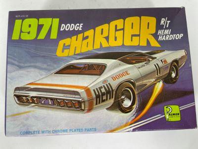 Palmer 1971 Dodge Charger R/T Hemi Hardtop Car Model Kit