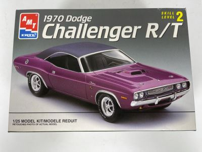 Collectibles Auction Featuring Slot Cars & Vintage Car Model Kits