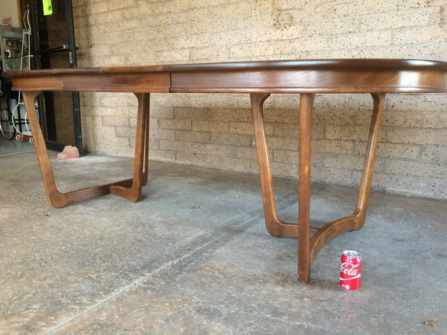 Stanley Mid Century Dining Table With 6 Cane Back Chairs
