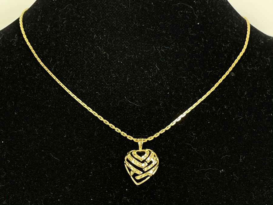 14K Gold 19' Chain Necklace With 14K Gold Heart Pendant 9g