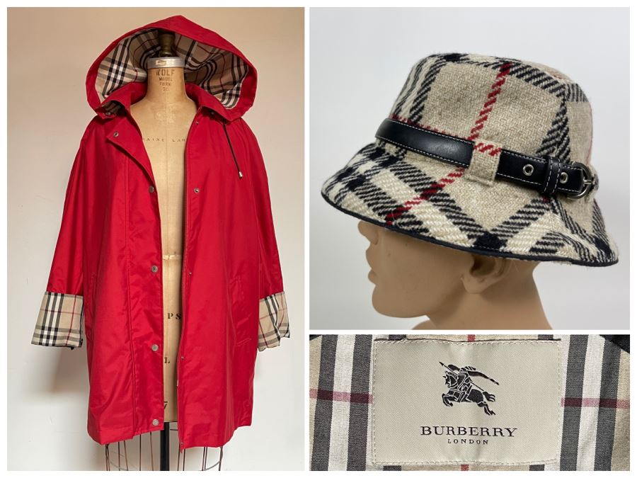 Burberry London Wool Coat With Hood And Matching Burberry Hat Size S
