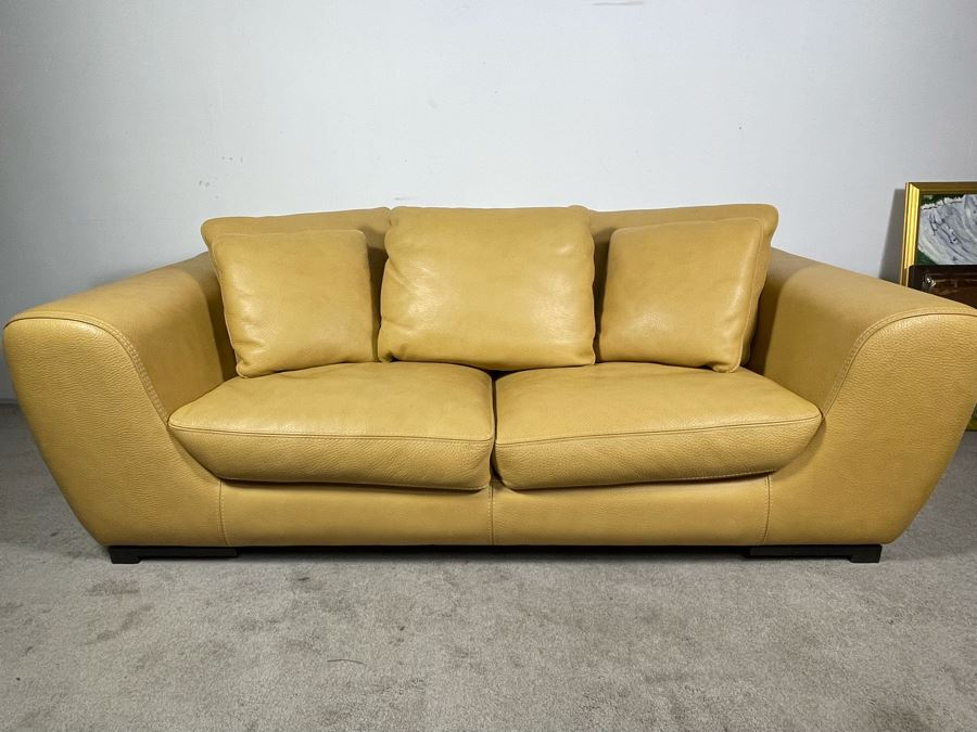 High End Roche Bobois Modern European Design Premium Leather Sofa 80W X 41D X 25H - Sofa Is Very Heavy - Client's La Jolla Home Was Featured In San Diego Home/Garden Lifestyles Annual Remodeling Issue - Retails $10,000
