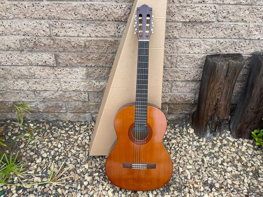JUST ADDED - Yamaha Acoustic Nylon String Guitar Model C-40 A With Box