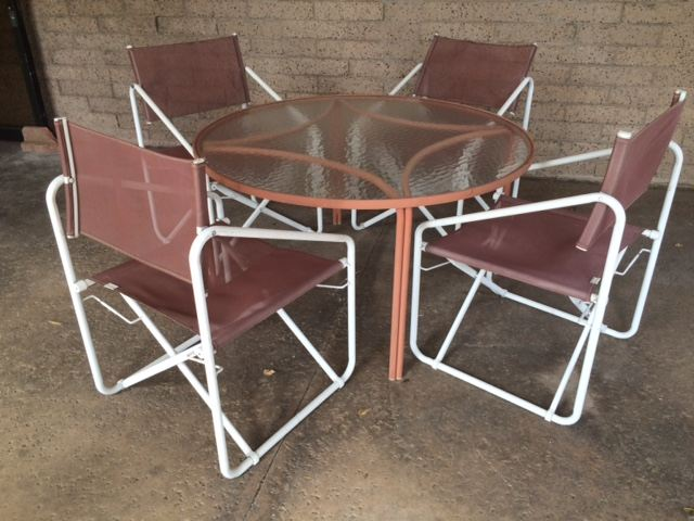 Vintage Brown Jordan Salmon Color Nomad Folding Chairs With Round Table And  Side Table [Photo