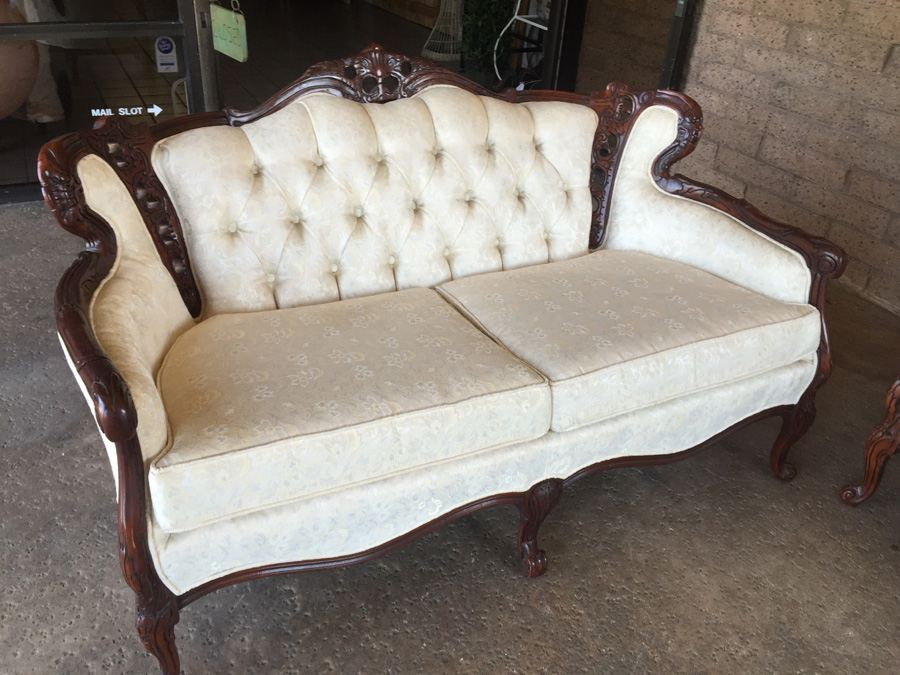 Beautiful Set of Reproduction Victorian Furniture Sofa  : 6833 hpgd from www.savacoolandsons.com size 900 x 675 jpeg 151kB