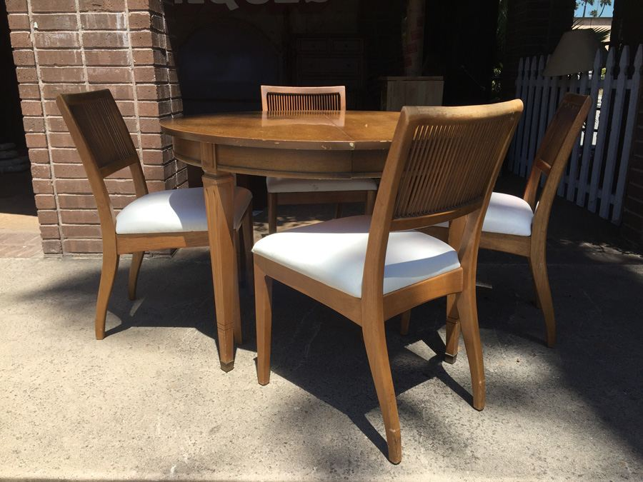 Superieur Vintage Bernhardt Furniture Co. Round Dining Table With 4 Chairs And 3  Leaves   Lenoir